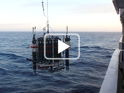 Video PeaceTime: 1st deployment of the CTD/rosette calls tricorn, due to three BGC-Argo floats attached on the rosette